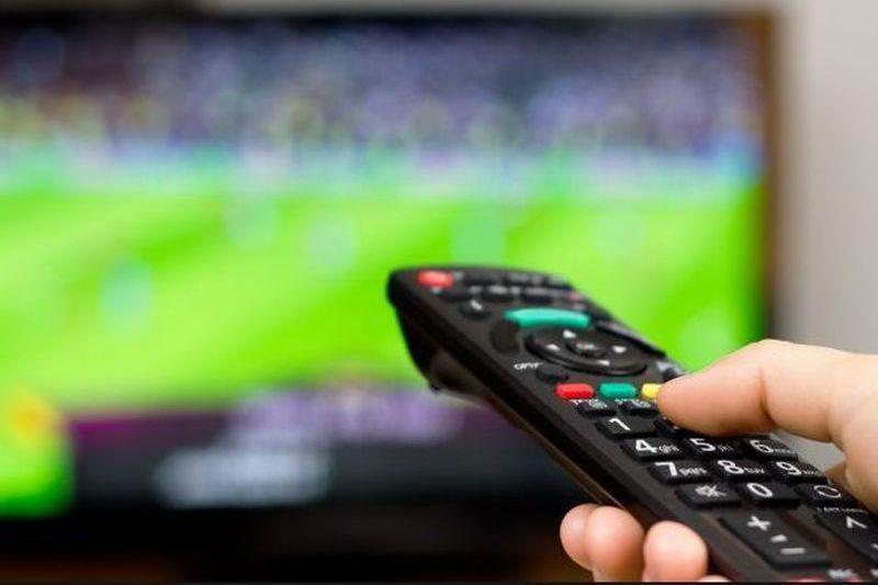 Futebol na TV. Saiba que jogos pode ver este fim de semana