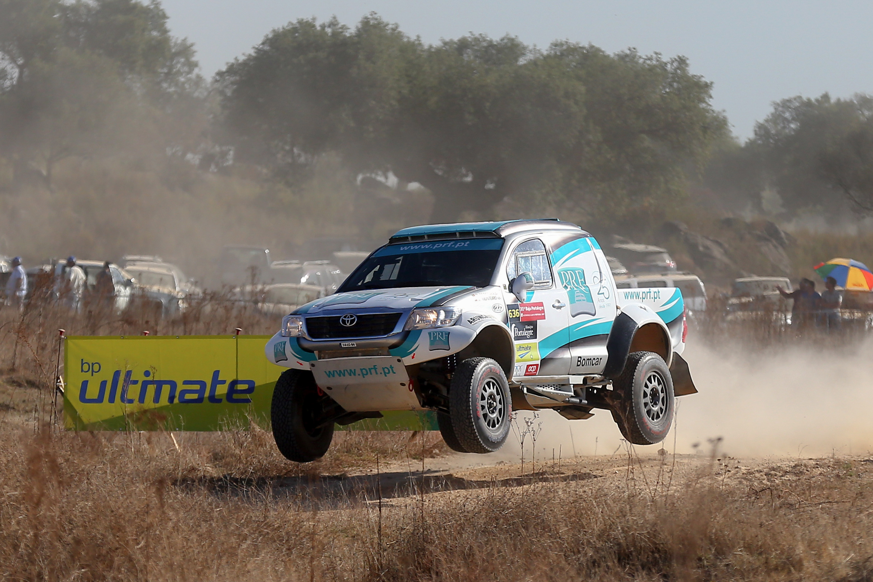 Mário Patrão e Paulo Ferreira vencem etapa do Rali Morocco Desert Challenge