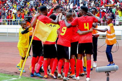 Futebol/Angola : Selecção sub-20 estreia-se com goleada na Cosafa