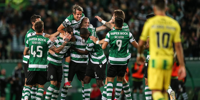 Benfica e Sporting entram na Taça de Liga com estados de ânimo opostos