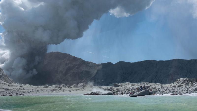 Vulcão na Nova Zelândia: Número de vítimas mortais sobe para seis. Há ainda pelo menos oito pessoas desaparecidas
