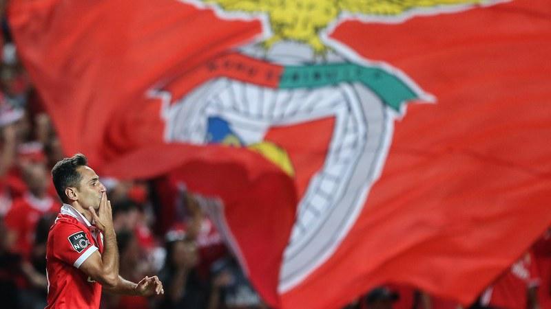 'Show' de Jonas garante vitória tranquila frente aos azuis do Restelo