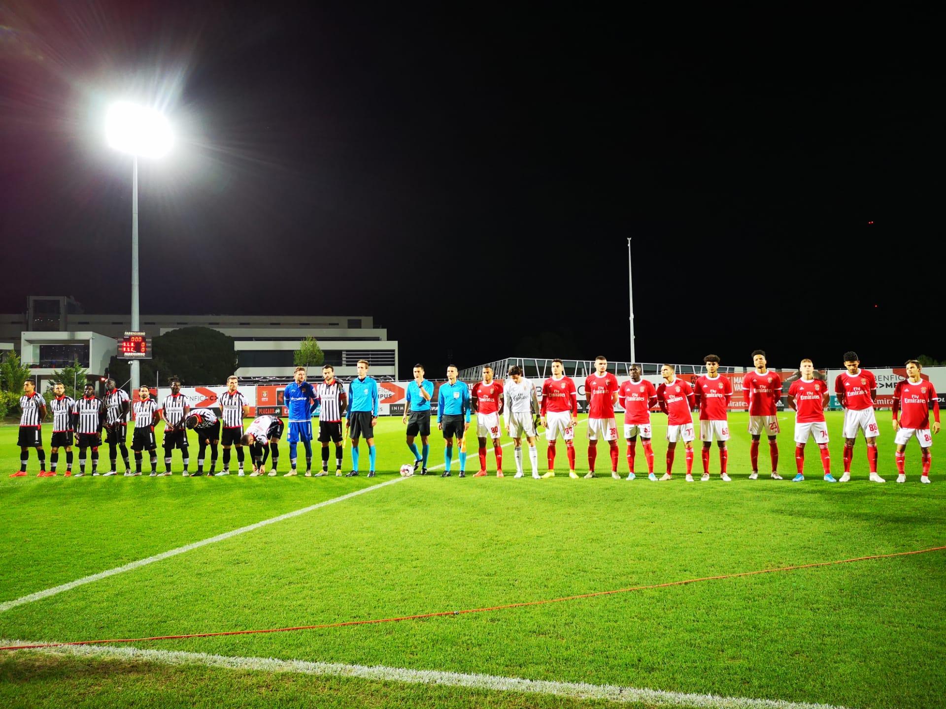 Benfica B empata com Varzim no Seixal em jogo com seis golos