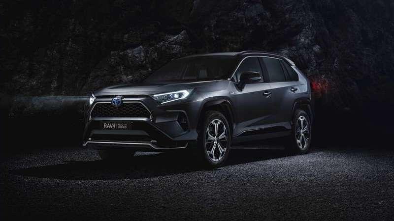 Novo Toyota RAV4 Hybrid Plug-in em estreia mundial em Los Angeles