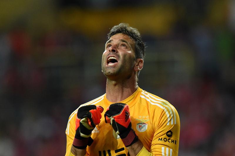 """Artur: """"Seria um sonho jogar contra o Benfica pela Chapecoense"""""""
