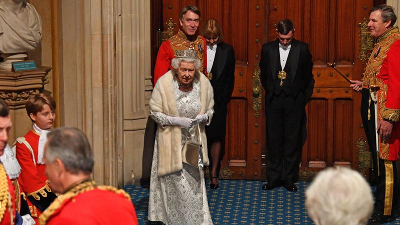 """Rainha Isabel II: Discurso de abertura de nova sessão legislativa confirma """"prioridade"""" para Brexit a 31 de outubro"""
