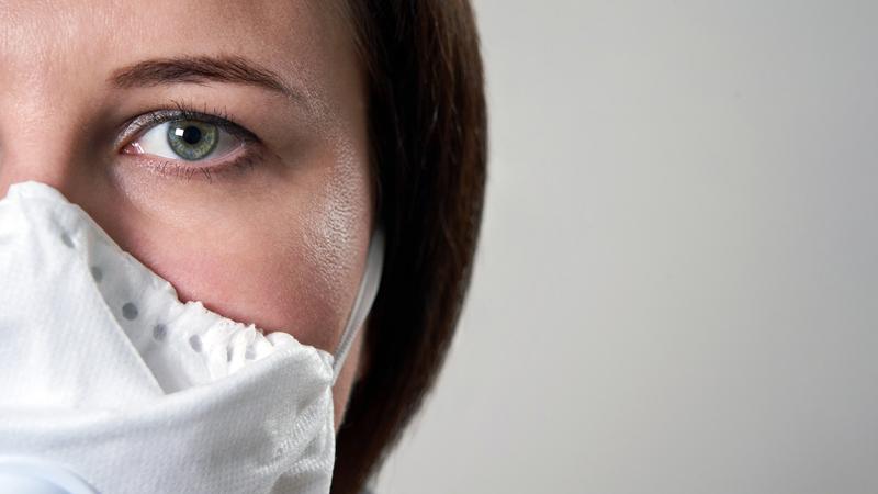 Afinal é verdade ou não? 10 mitos sobre a COVID-19 esclarecidos por uma médica