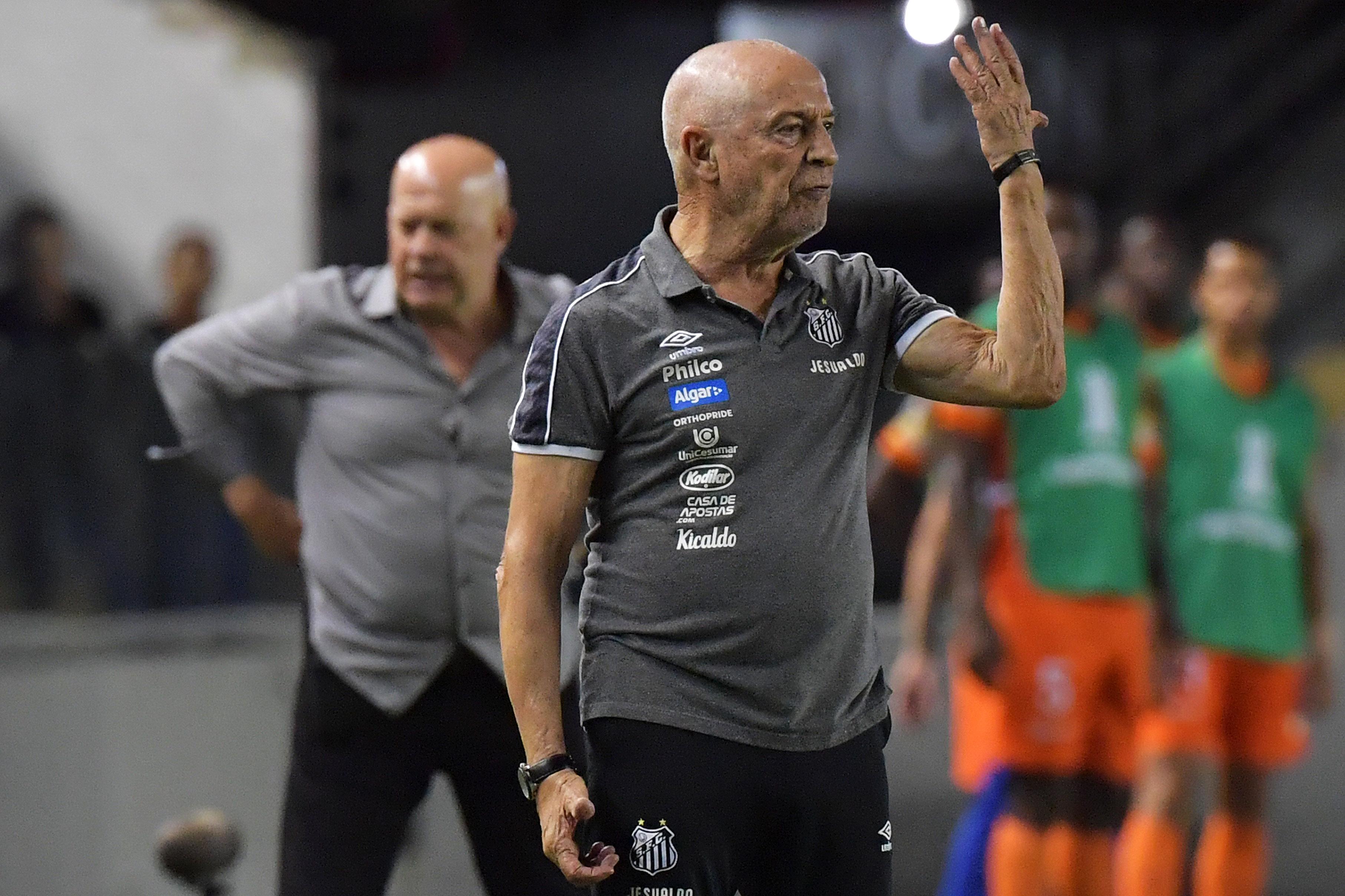 Jesualdo espera que o Farense de Sérgio Vieira possa subir de divisão