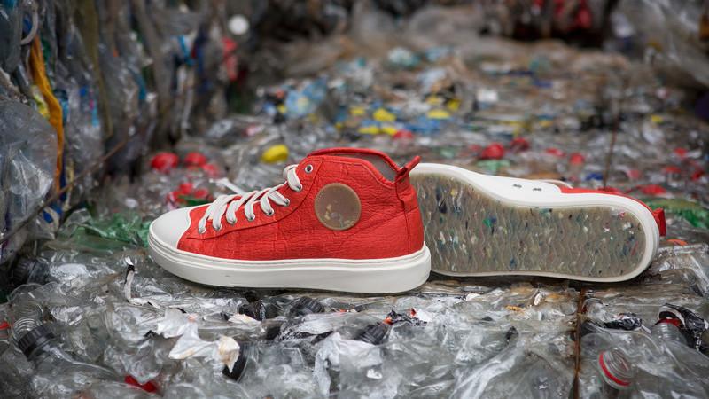Zouri Shoes: Estes ténis são feitos de plástico recolhido nas praias portuguesas