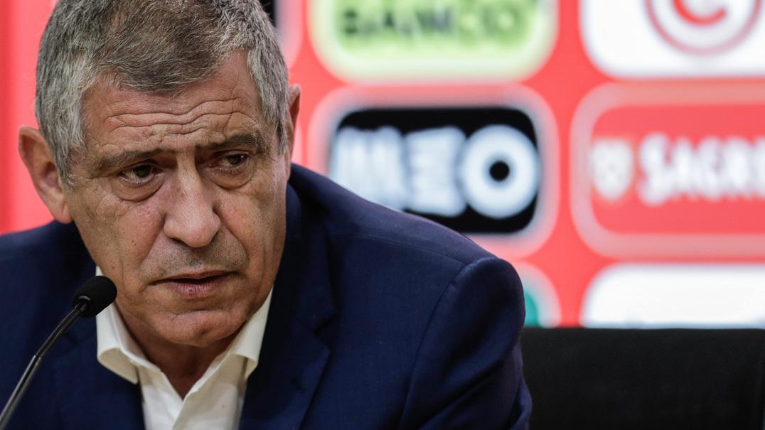 """Fernando Santos: """"Objetivo é lutar pela conquista do Mundial"""""""