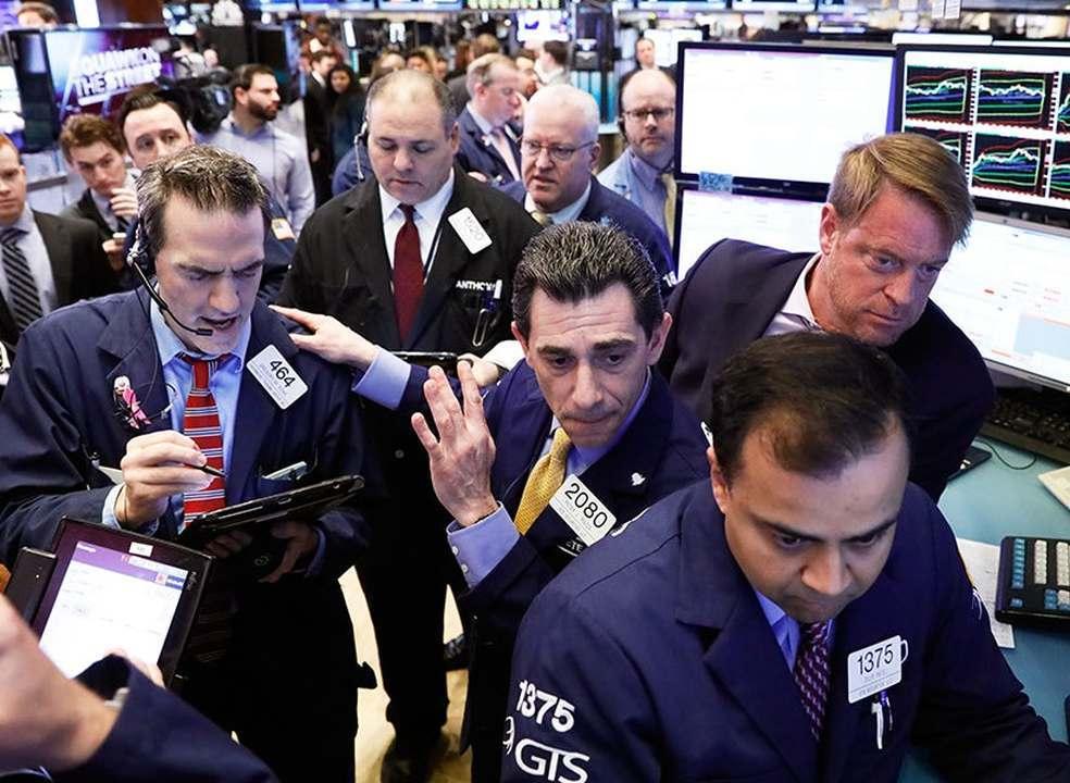 Wall Street fecha misto, com ligeiro deslize do Nasdaq