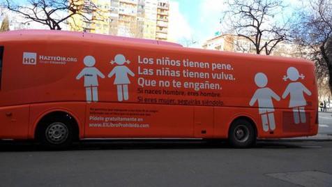 O autocarro do ódio que estava a percorrer Espanha