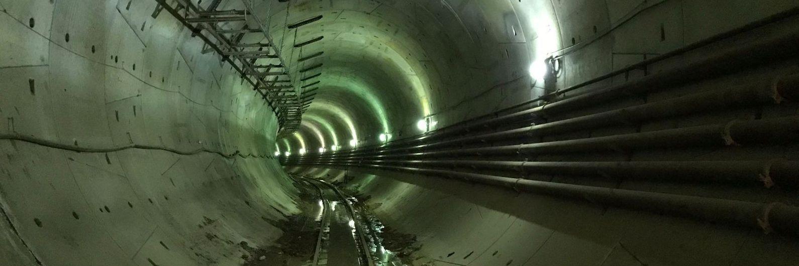 """Elon Musk continua a fazer túnel para fugir ao trânsito e agora há foto da """"escavadora"""""""