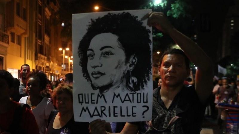 Policia brasileira cumpre mandados de busca relacionados com assassínio de Marielle Franco