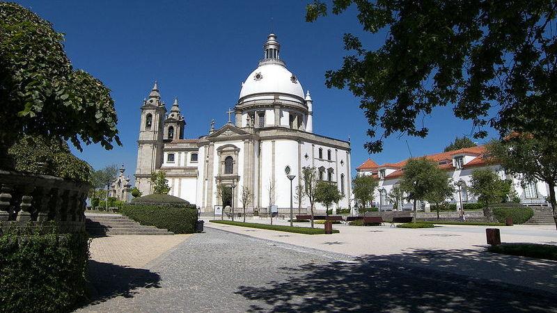 Santuários que não pode deixar de visitar em Portugal