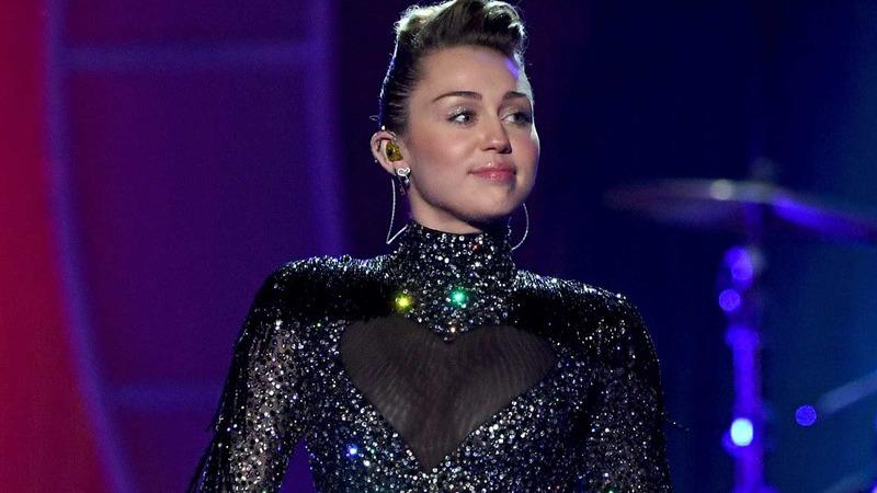 Miley Cyrus desmente rumores de gravidez