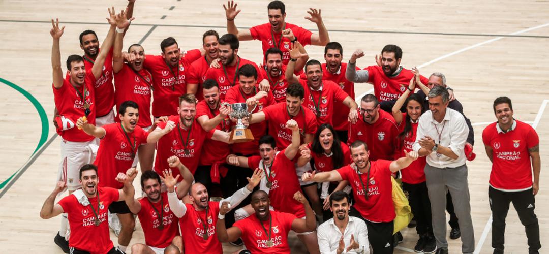 Benfica reconquistou título de campeão de voleibol na casa do rival Sporting