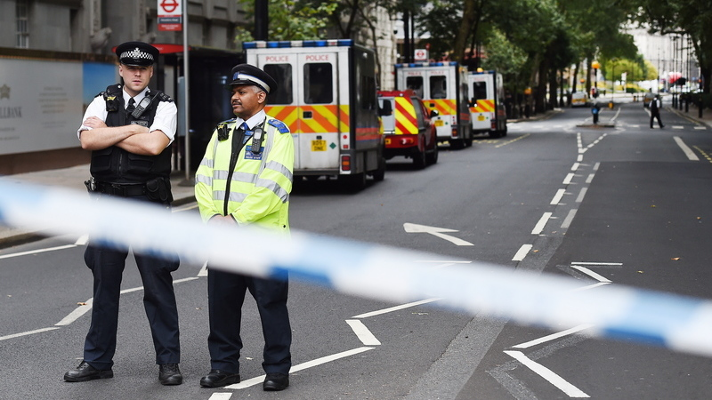 Polícia de Londres diz que incidente em Westminster foi intencional