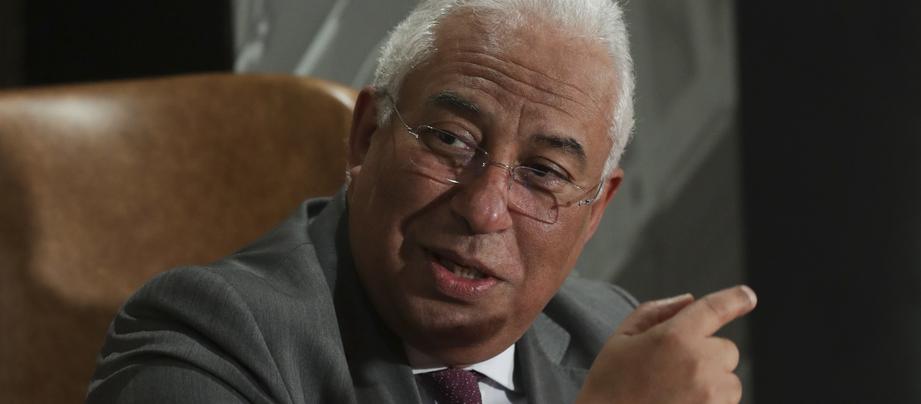 """António Costa diz que redução de preços dos transportes é """"programa nacional"""" e beneficará 85% da população"""