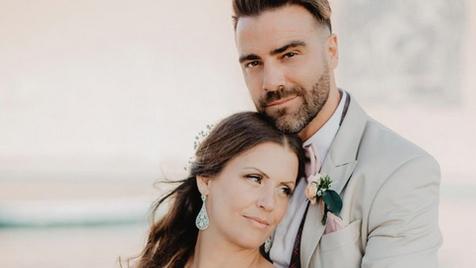 Sérgio Rosado leva noiva às lágrimas com surpresa especial no dia do casamento