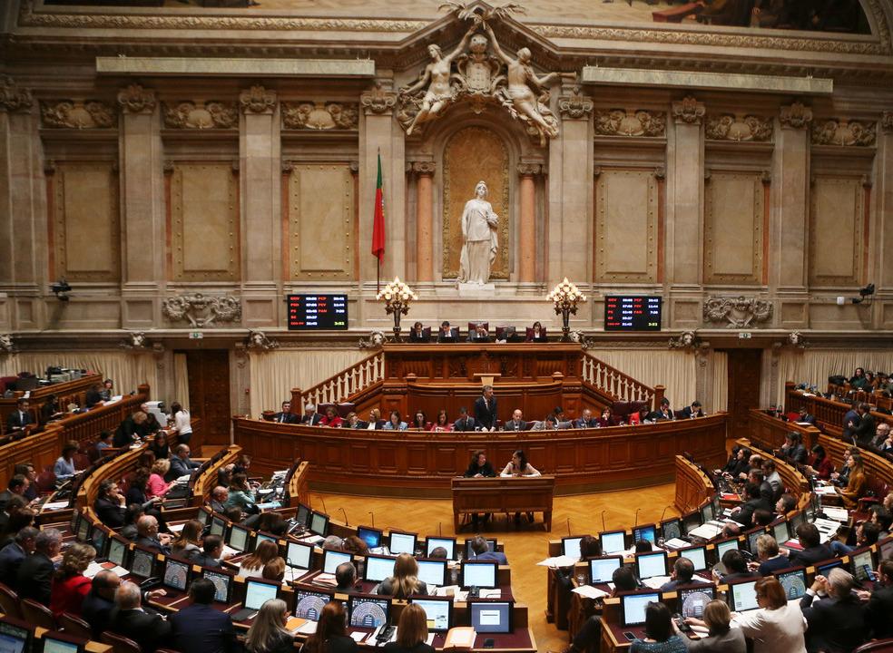 Partidos chumbam proposta do PS para nova Lei de Bases da Saúde