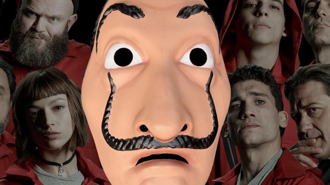 """Os assaltantes de """"La Casa de Papel"""" podiam ter uma máscara igual à de Conan Osíris? 'Arturito' responde"""