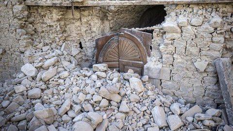 Novo sismo de 4,4 graus e numerosas réplicas após terramoto em Itália