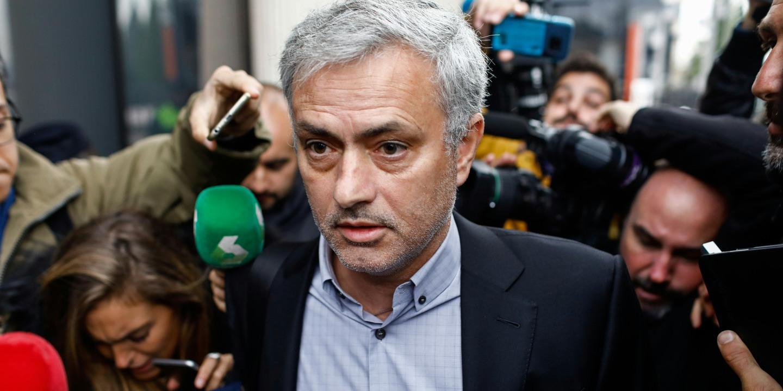 Mourinho critica procedimentos da seleção inglesa