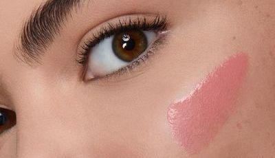 Blush líquido é a fórmula não-tão-secreta para um look natural