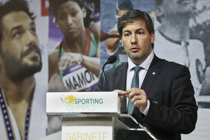 Bruno de Carvalho explica reestruturação financeira e investimento no plantel