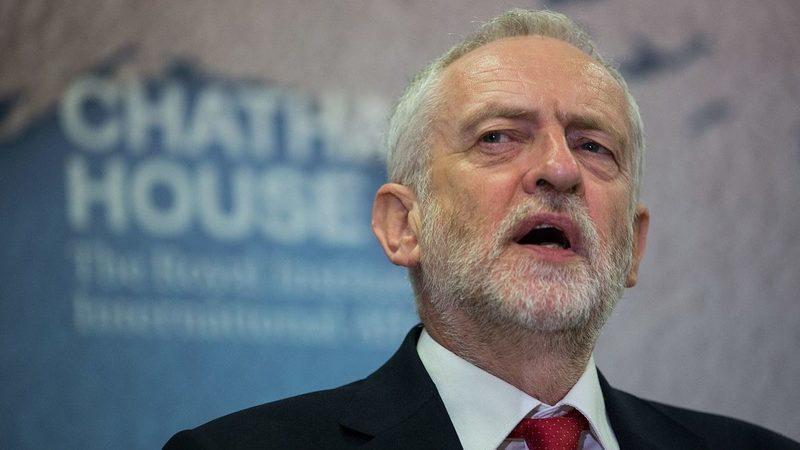Corbyn vs Johnson. Novo referendo ou Brexit já divide políticos e opinião pública