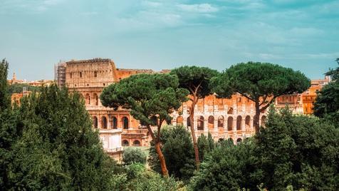Roma não se visita num dia... Mas não custa tentar