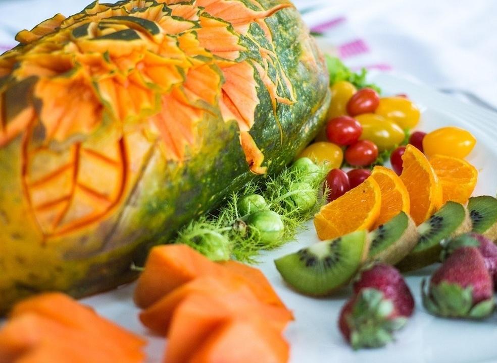 Da pele ao coração: as múltiplas razões para comer papaia