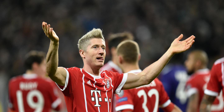 Lewandowski entrou para o top-10 dos melhores marcadores de sempre na Bundesliga