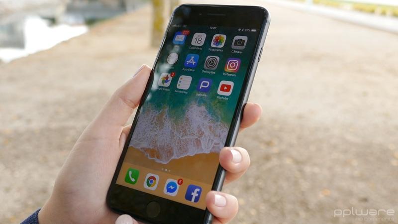 Apple deixa de vender iPhone 7 256GB para impulsionar iPhone 8