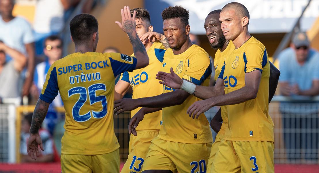 FC Porto consegue vitória sofrida em Portimão, com golo aos 98 minutos
