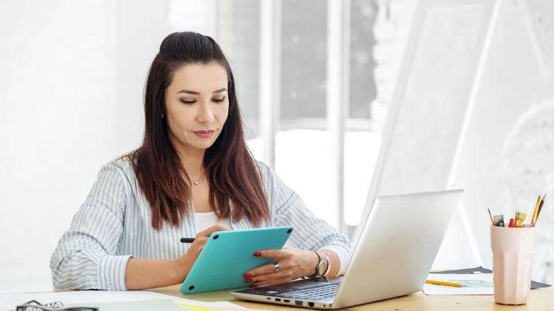 Chave Móvel Digital: assine e renove documentos sem sair de casa