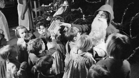 Leia as cartas que as crianças escreviam ao Pai Natal há 100 anos