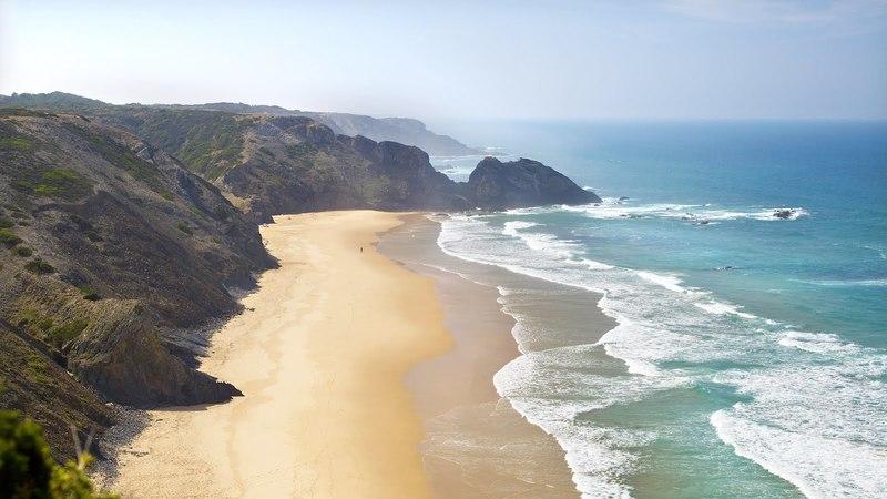 Algarve: 10 praias para fugir às multidões