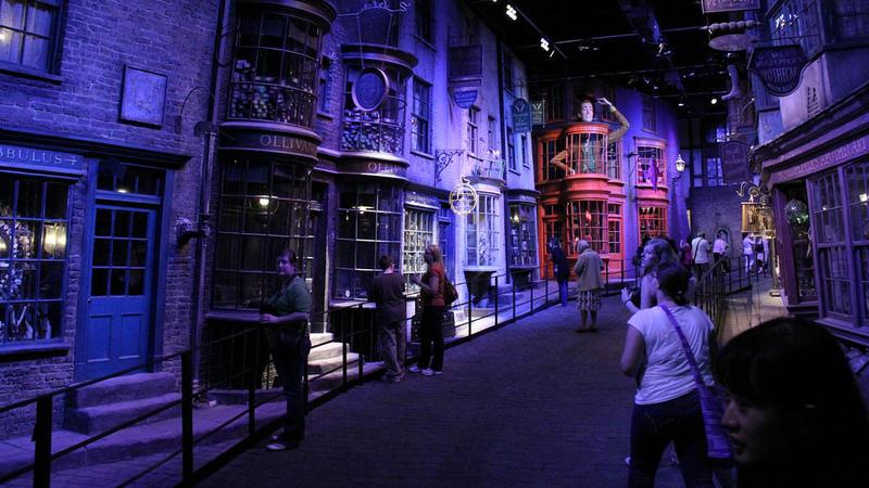 Fãs de Harry Potter vão poder experimentar as roupas usadas nos filmes