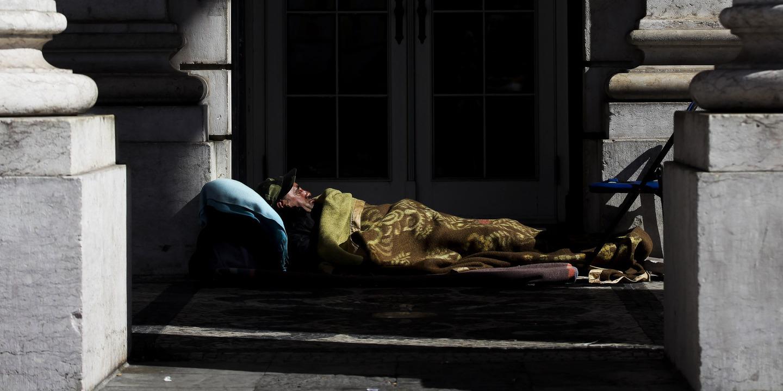 Sem-abrigo: Câmara de Lisboa conta ter 400 casas até 2023