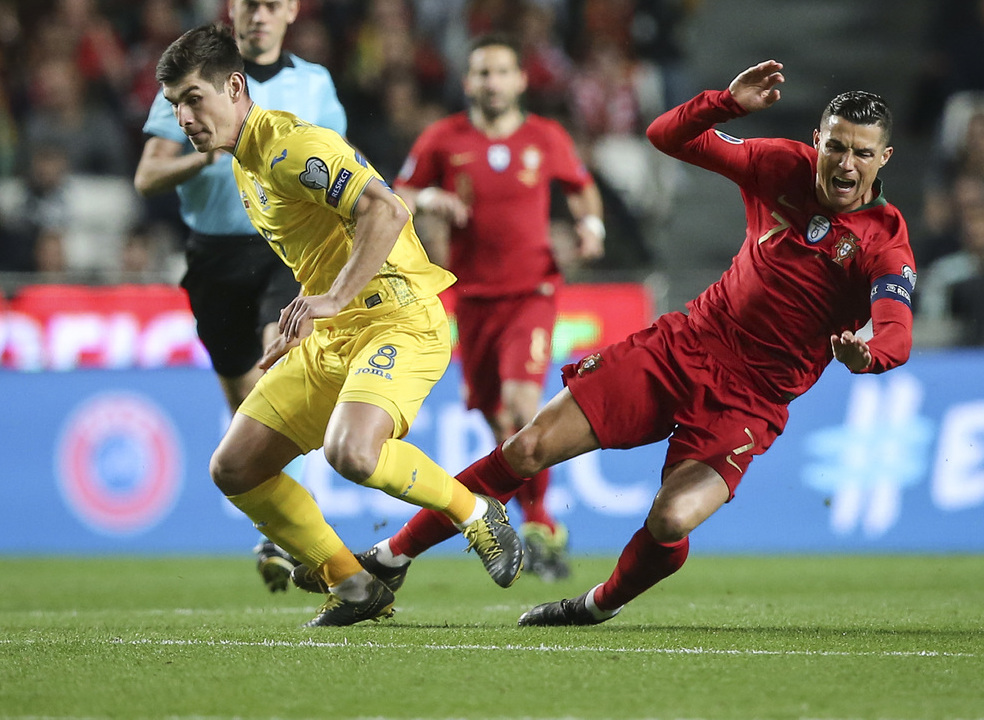 Portugal empata com a Ucrânia e inicia com o pé esquerdo a defesa do título europeu