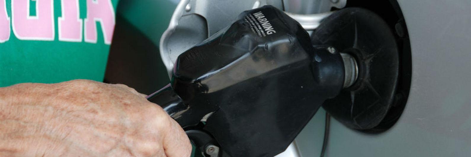 Gasolina desce hoje e fica abaixo dos 1,5 euros/litro