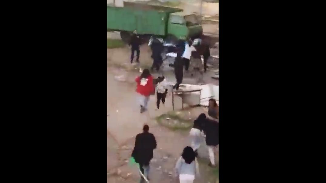 As imagens de violência do bairro Jamaica, no Seixal, que estão a dar que falar