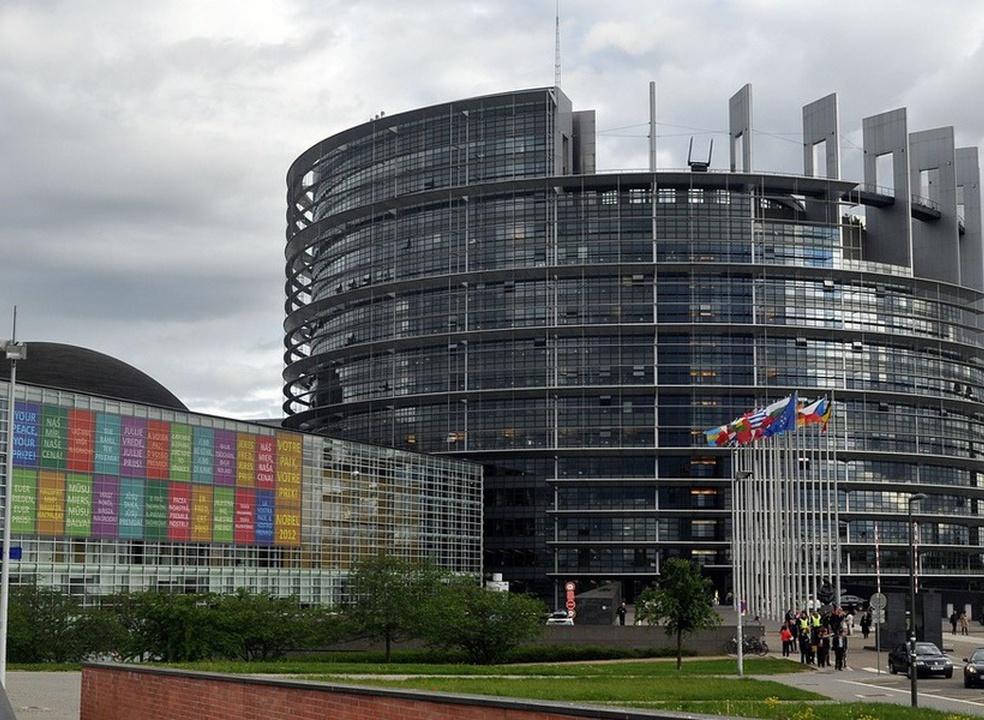 Europa volta a apertar regras para proteger privacidade dos cidadãos em serviços online