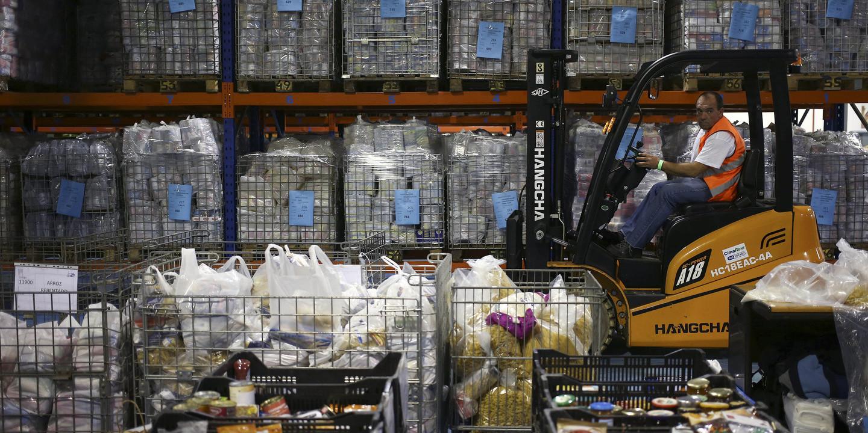 Banco Alimentar recolhe mais de mil toneladas de alimentos no primeiro dia da campanha