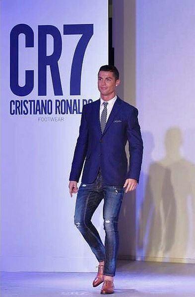 Cristiano Ronaldo, do relvado para a passerelle