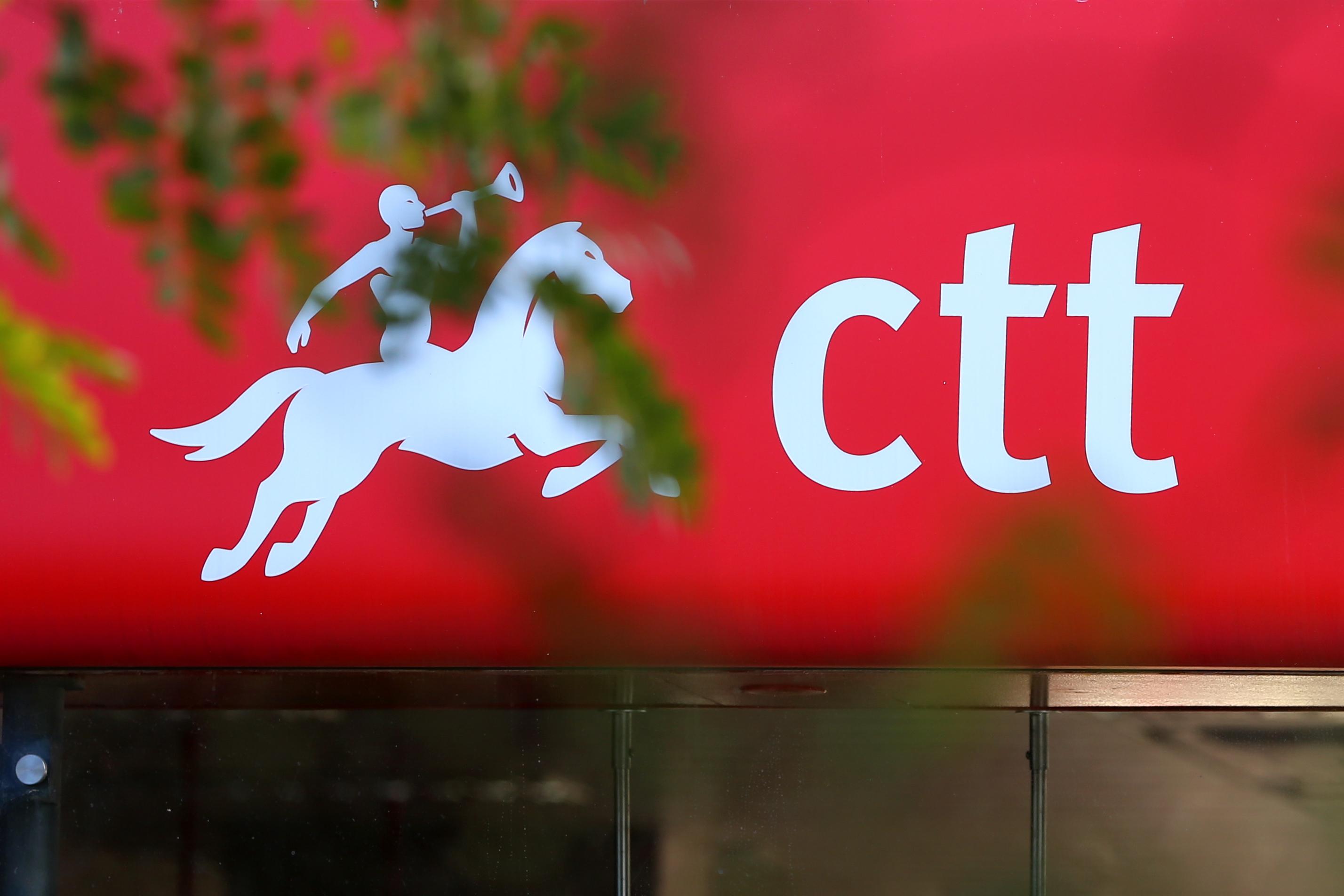 Covid-19: CTT negam falta de plano de contingência na empresa