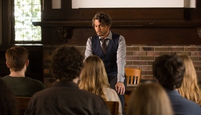 """""""Adeus, Professor"""": um filme cínico e vazio de propósito"""
