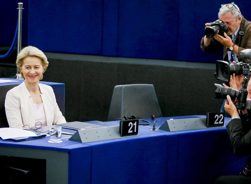 Alemã Ursula von der Leyen eleita presidente da Comissão Europeia